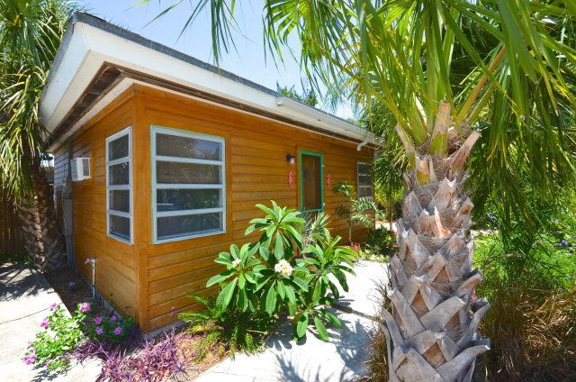 Island Retreat A Tropical Tiny House In The Other Florida Keys
