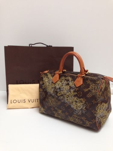 Authentic Louis Vuitton Limited Edition Dentelle Gold Speedy 30 Handbag f7463e8236