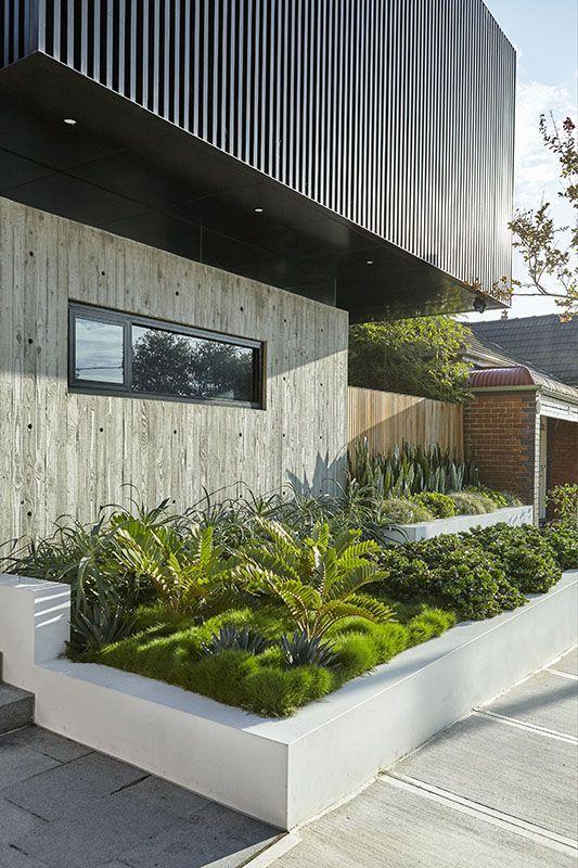 Jardineras en fachadas jardineras rusticas jardineras - Exteriores de casas rusticas ...