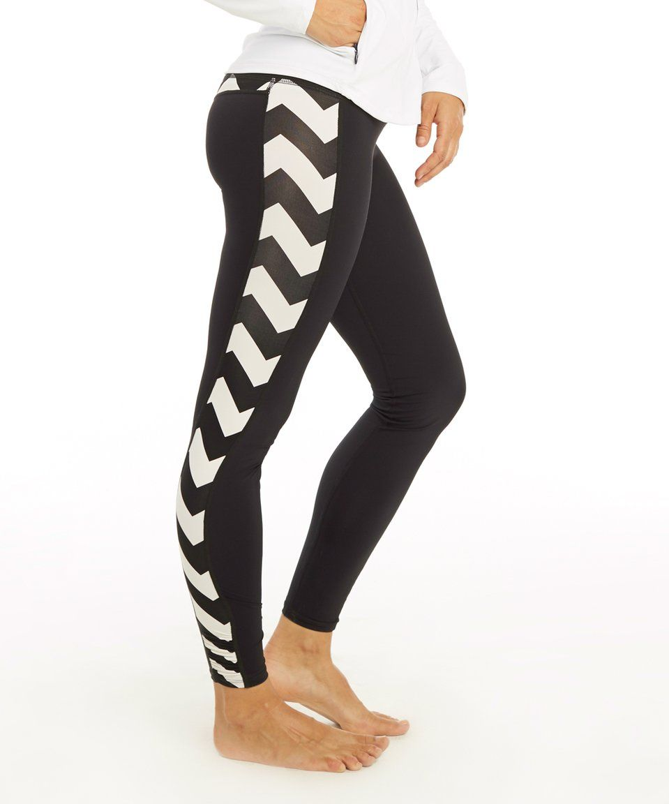 Take a look at this Carve Designs Black & Aria Reef Leggings today!