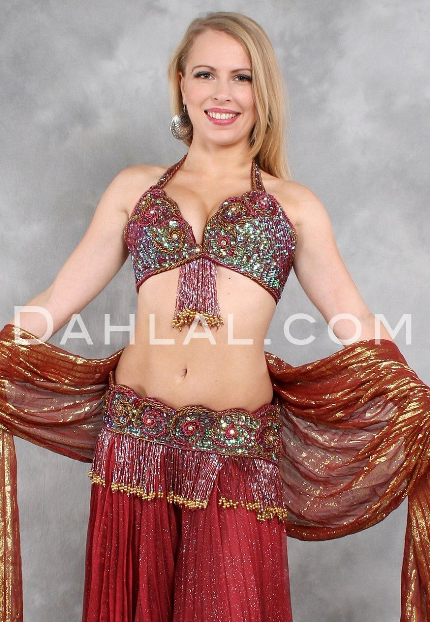 Wine And Shine In Wine And Gold By Rising Stars Egyptian Bra Belt Set For Belly Dancing Dahl With Images Belly Dance Costumes Belly Dance Accessories Belly Dance Bra
