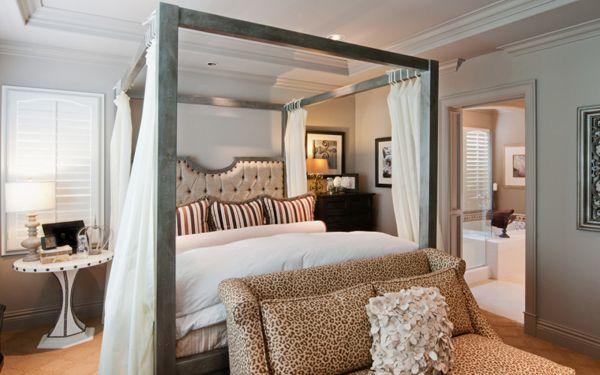 3c3e2a617e2 20 Queen Size Canopy Bedroom Sets