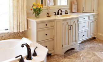Karr Bick Kitchen Bath St Louis Missouri Kitchen And Bath Designers And Installers For Residentia White Cottage Kitchens Kitchen And Bath Cottage Kitchens