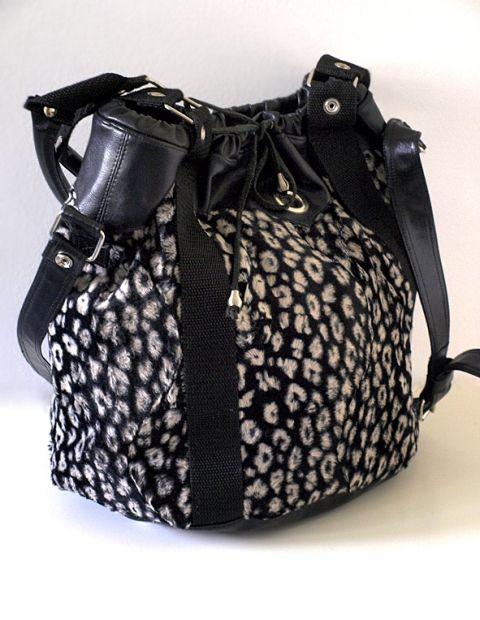 Fekete-fehér párducmintás műszőrme női táska (Pavilon  d4bb0d161a