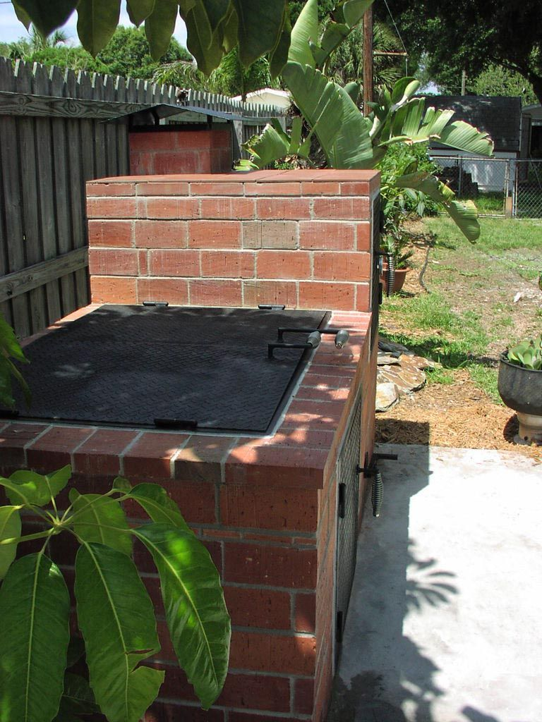 Build your own brick bbq smoker bbq pinterest brick for Outdoor barbecue grill designs