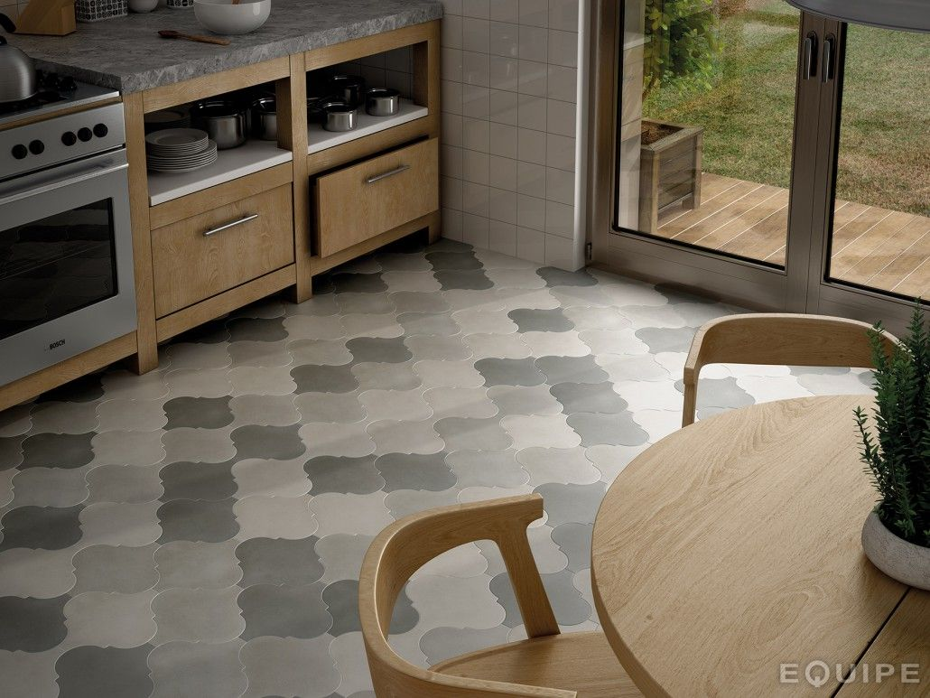 Equipe ceramicas curvytile floors pinterest country chic 21 arabesque tile ideas for floor wall and backsplash dailygadgetfo Image collections