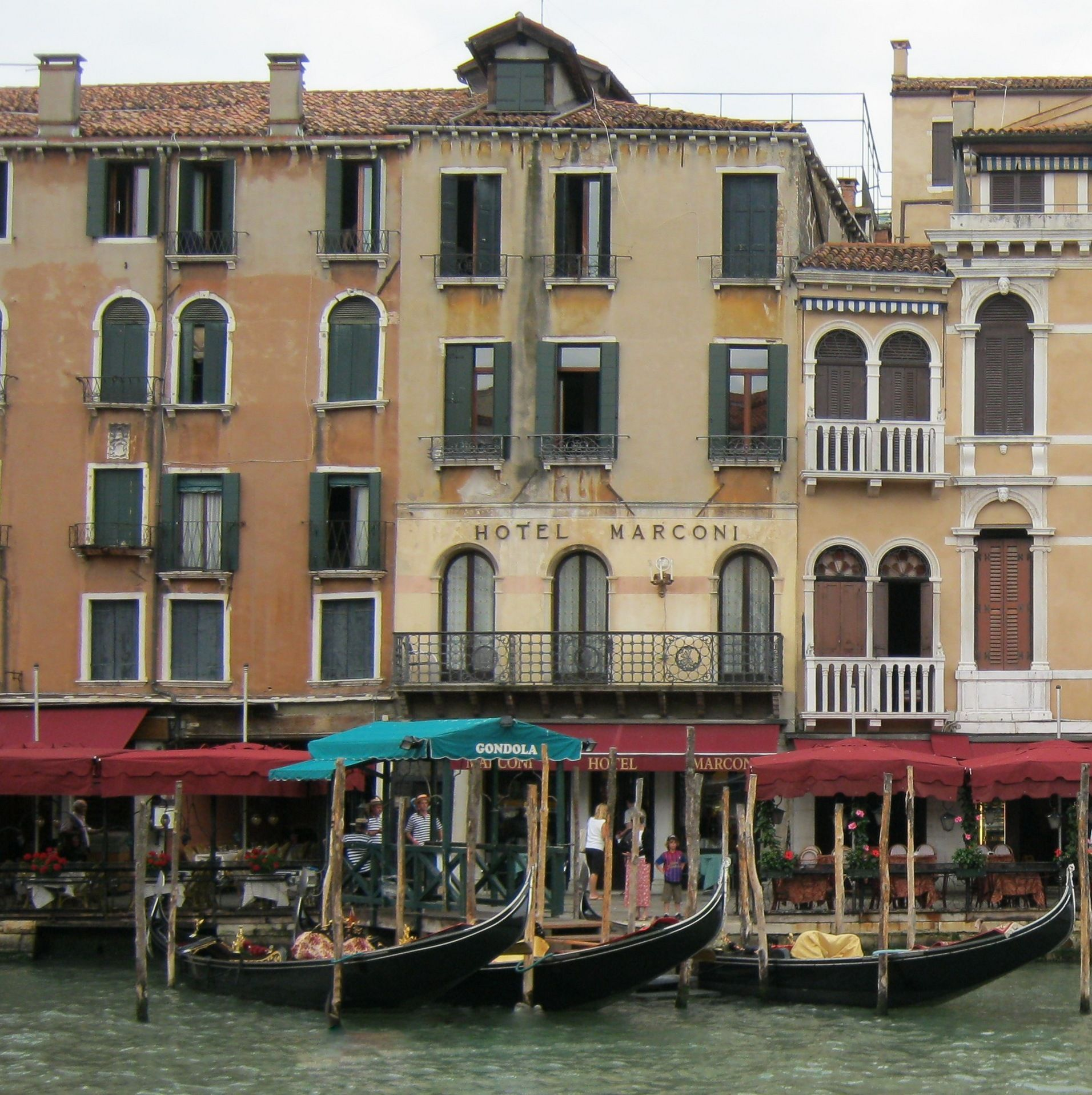 The Hotel Marconi, Venice Italy | プレイス