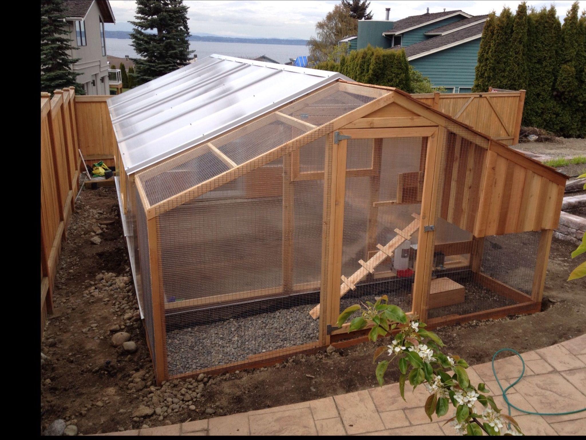 DIY Chicken Coop/Greenhouse Combo  Diy Chicken Coop Greenhouse