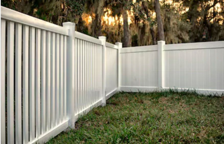 Vinyl Fence Lake Norman Expansion Fence Pvc Fencing Fence Styles Vinyl Fence Fence Pickets