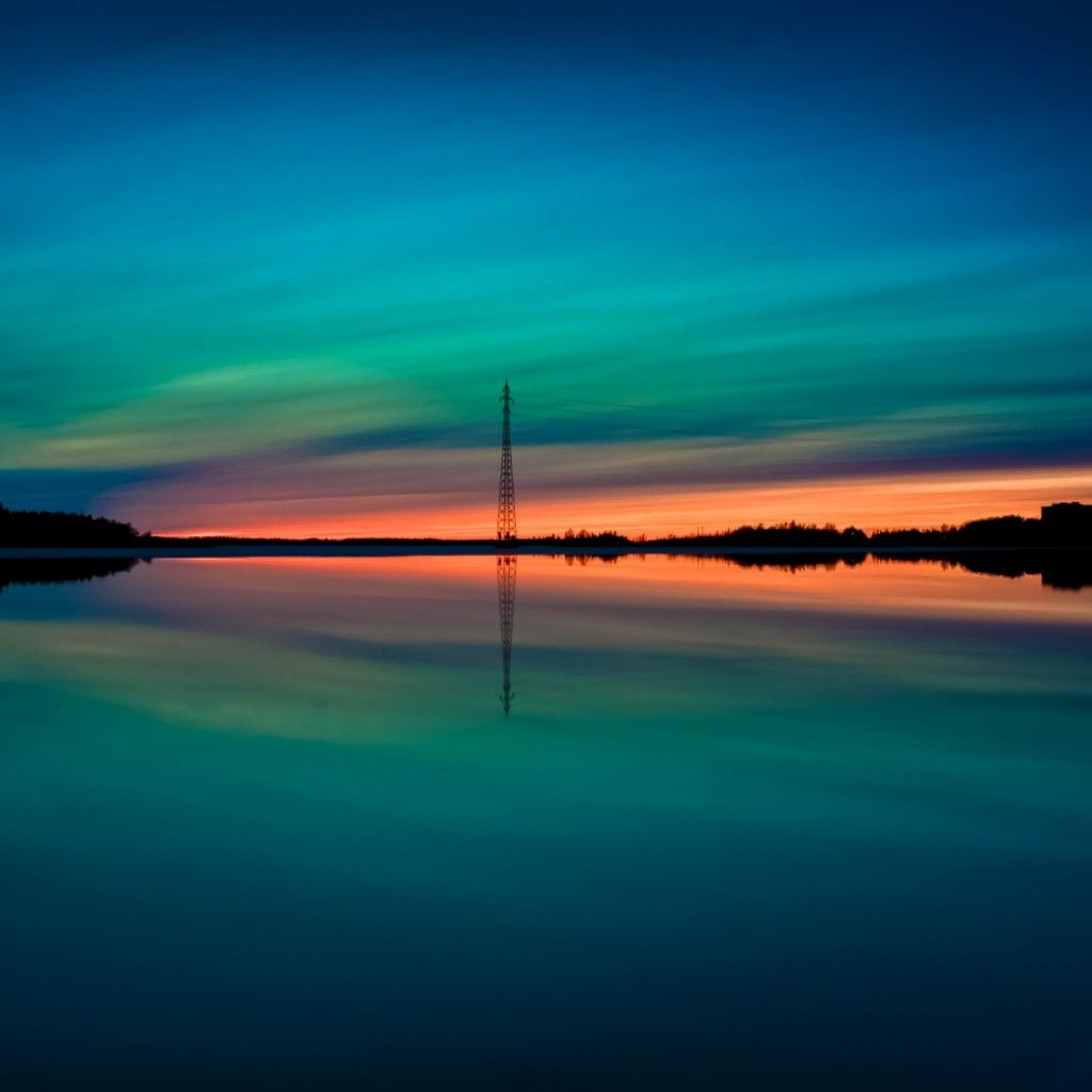 Calm Lake Northern Lights Reflection iPad Wallpaper HD