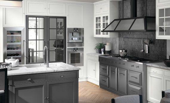 Cucina Componibile Classica Artis, realizzata in vero legno massello ...