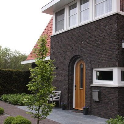 Exterior photos stained brick design pictures remodel decor and ideas painting pinterest for Staining brick exterior pictures