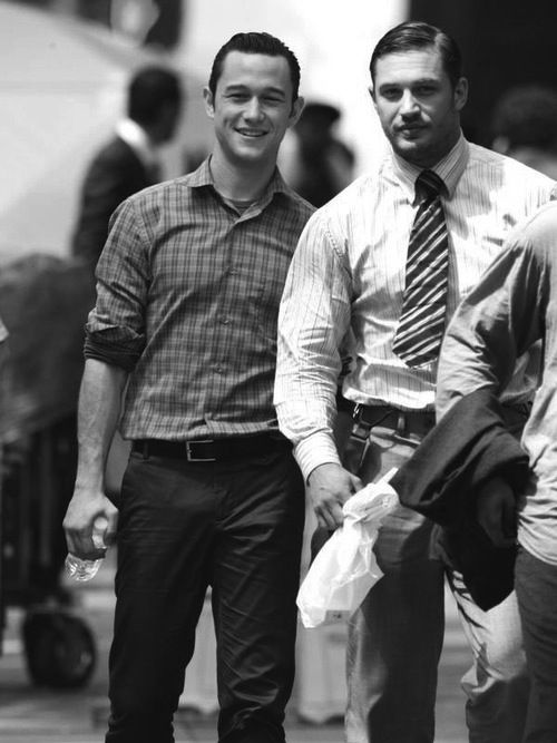 Cuties. Joseph Gorden-Levitt and Tom Hardy.. Not only one of my favorite movies, but two of the most beautiful guys!