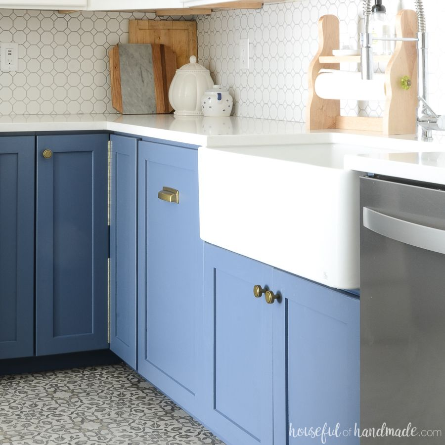 What To Know Before Buying A Farmhouse Sink With Images White