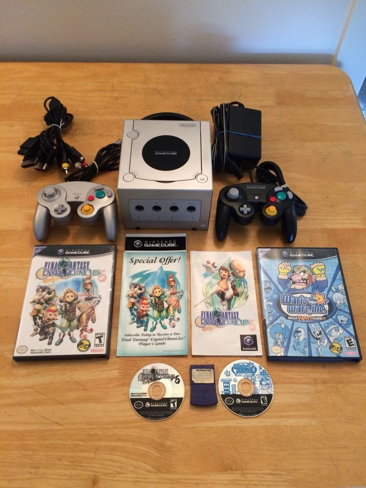Nintendo Gamecube Silver Console Bundle 2 Controllers Wario