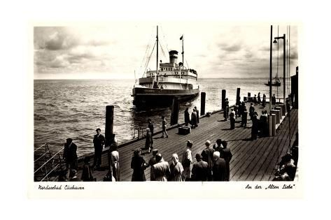 size: 24x16in Giclee Print: Cuxhaven, an Der Alten Liebe, Dampfschiff Vörwärts : Entertainment