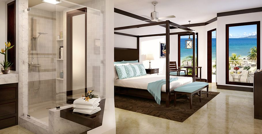 Pink Gin Oceanfront Honeymoon Penthouse Club Level Room