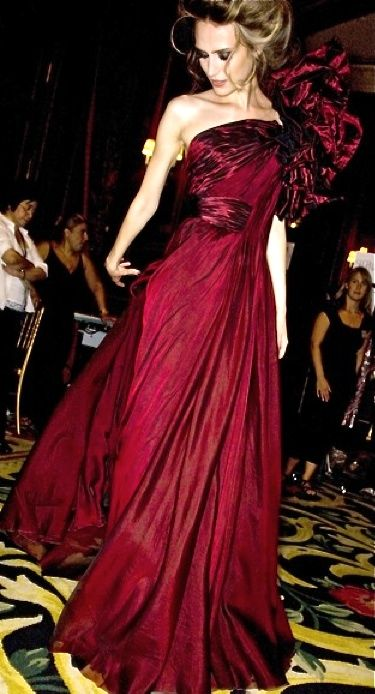 92996bab0a46 cherry red evening gown by Elie Saab | FASHIONISTA⭐️HAUTE COUTURE ...