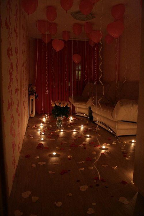Romantic Bedroom Surprise: R O M A N C E
