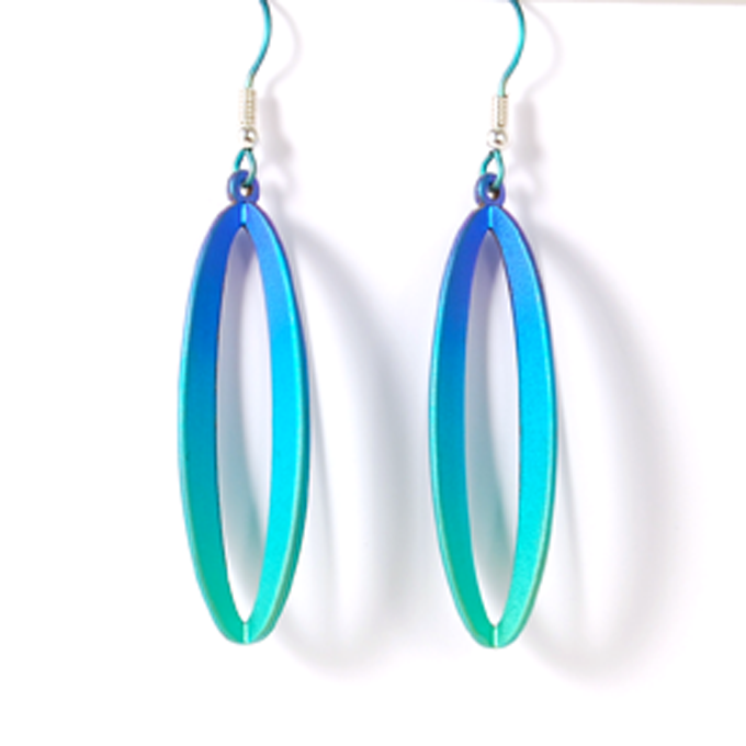 Stunning 3 dimensional titanium drop earring, the oval drop measures ...