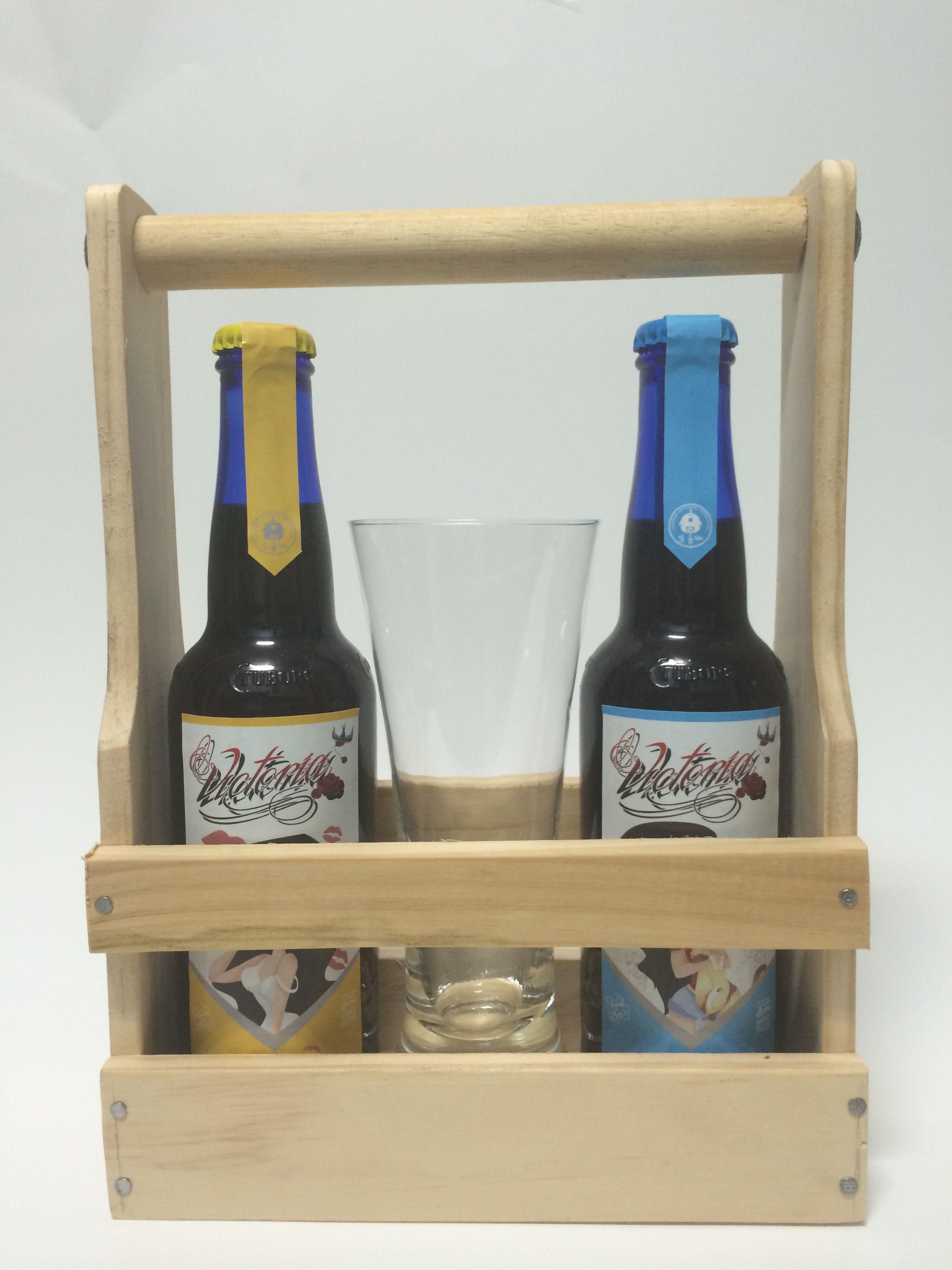 Cerveza Castua Edicion Especial Victoria Caja De Madera Copa Personalizada Y 2 Cervezas Castua Castua Beso Y Castua Abrazo