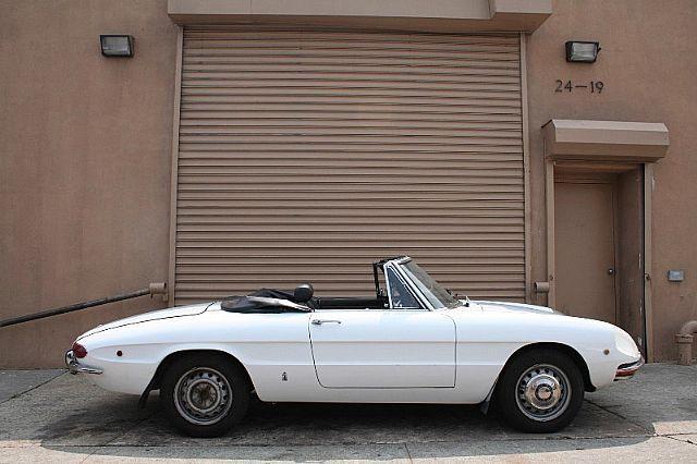 1969 Alfa Romeo 1750 SPIDER VELOCE (avec Images