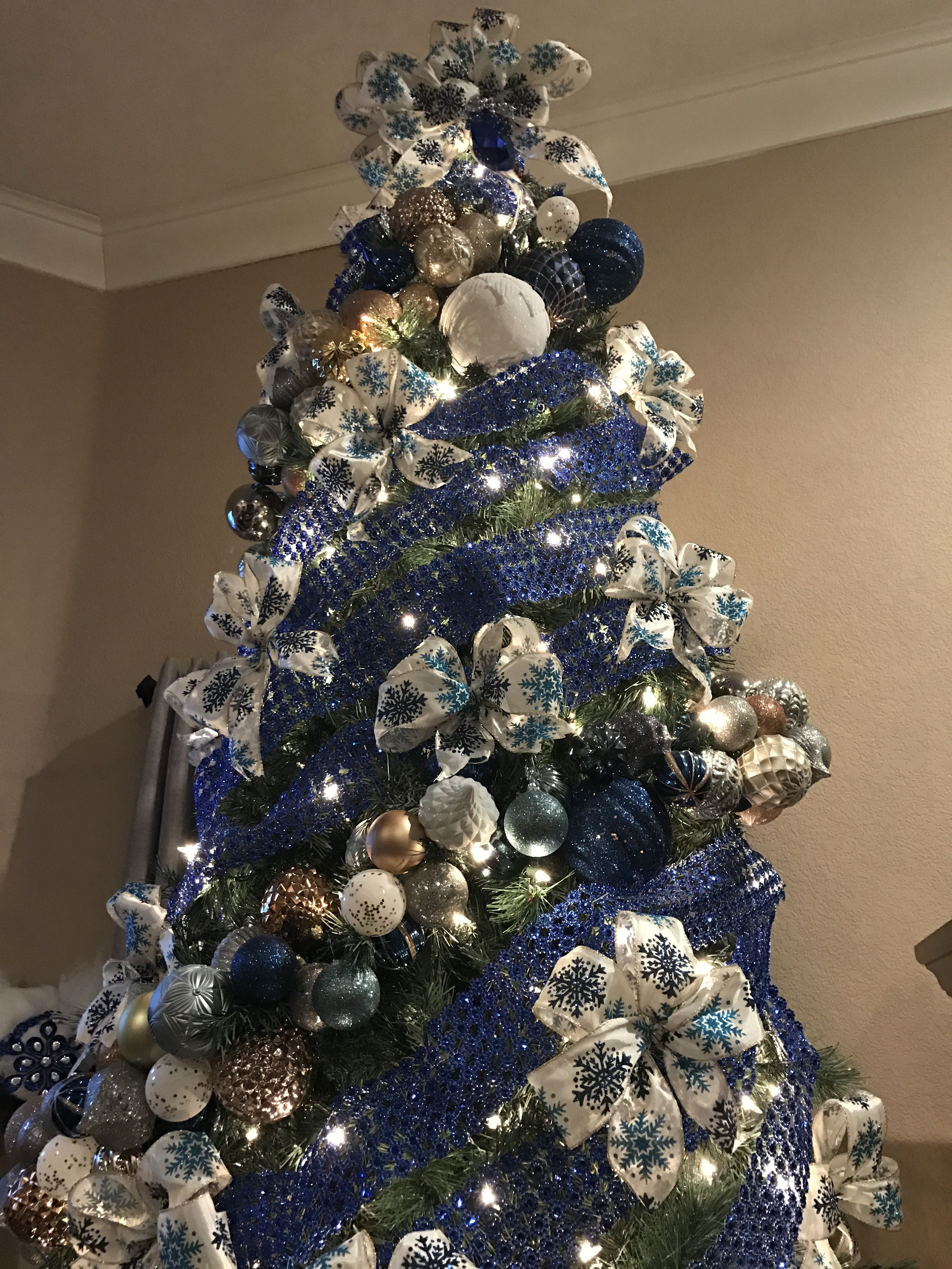 Navy And Silver Christmas Tree Blue Christmas Tree Decorations Blue Christmas Tree Christmas Tree Themes