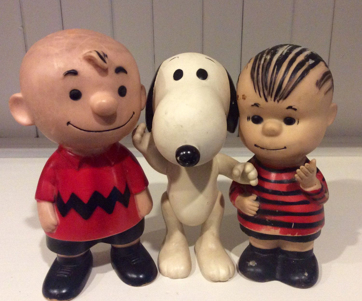 Vintage Hungerford Vinyl Charlie Brown Snoopy Linus Dolls By United Features Syndicate Collectible Peanuts Characters Vinyl Snoopy Charlie Brown And Snoopy Snoopy Stuffed Animal Snoopy Collectibles