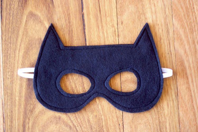 A Free Batman Mask Pattern For You Crafts Pinterest