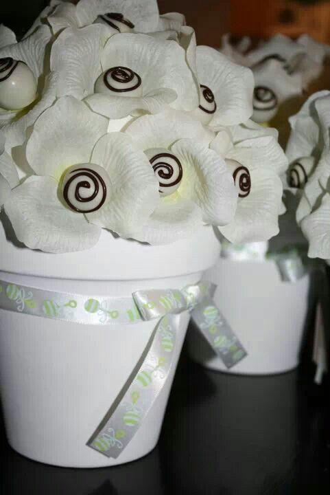 Trufas bouquet en mesa dulce
