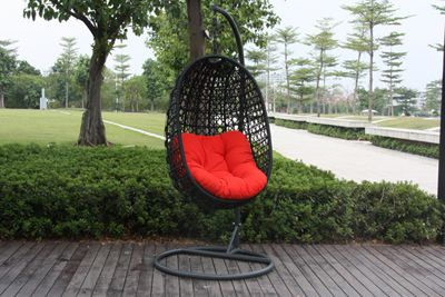 Hanging Egg Chairs Now Available at Outdoor Furniture Ideas - Hanging Egg Chairs Now Available At Outdoor Furniture Ideas Small