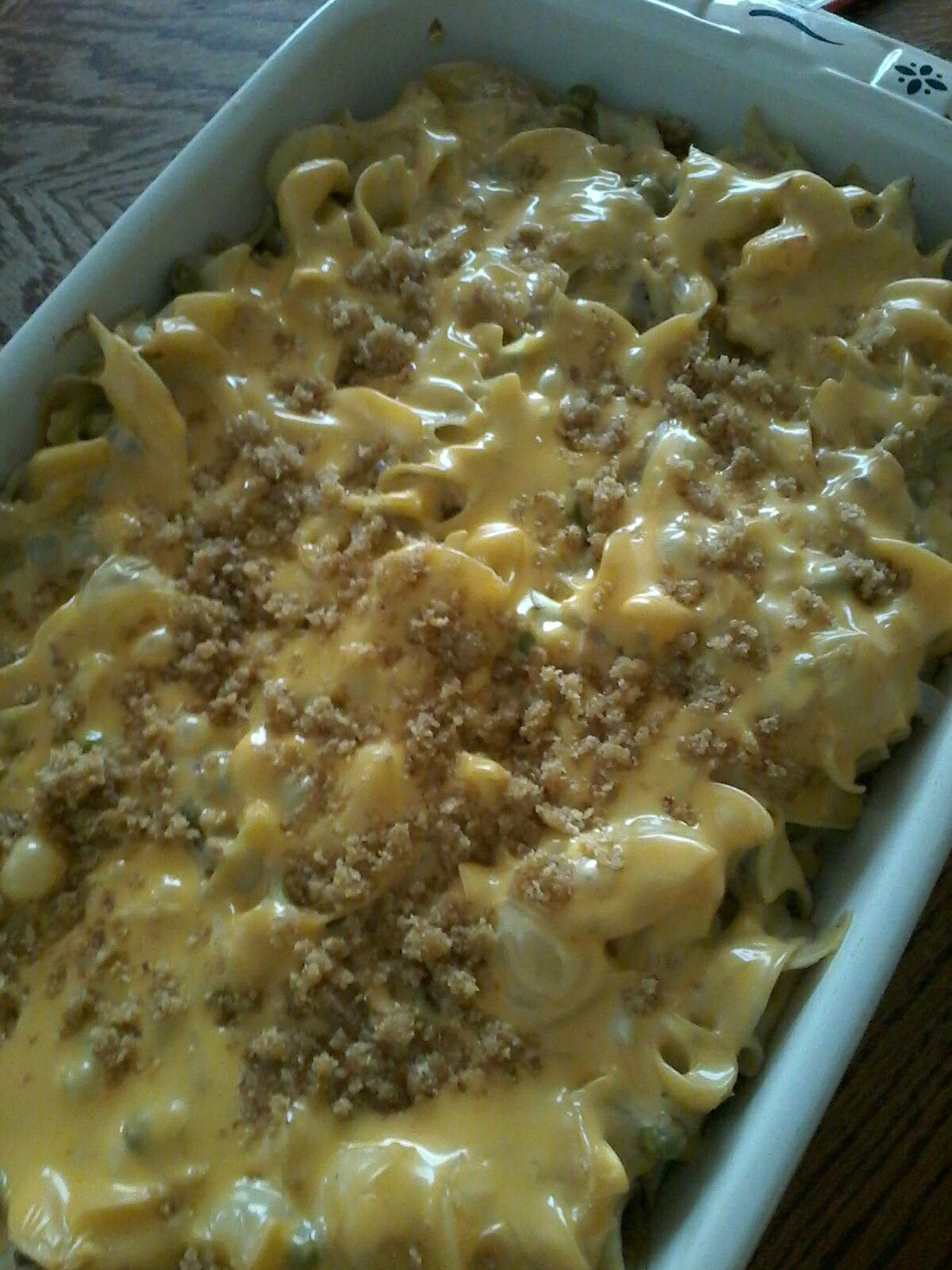 tuna casserole 16 oz. egg noodles, cooked * 2 cans tuna (5