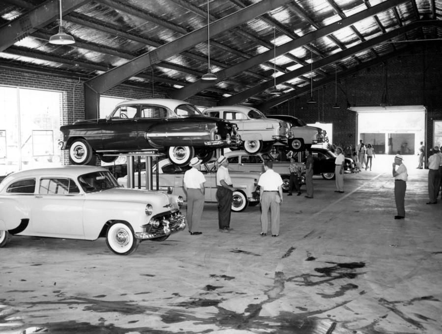 Service Bay 1953 Chevy Dealers Garage Chevy Dealers Chevy Car Memorabilia