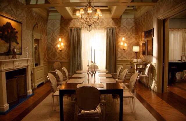 Blair Waldorf S Apartment Living Dining Room House And Home Magazine Ghost Chair Dining Room