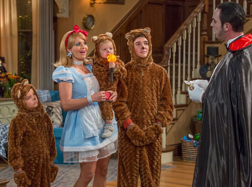 dj jackson max and tommy in fuller house from tvs best halloween costumes 2016 - Goldilocks Halloween Costumes