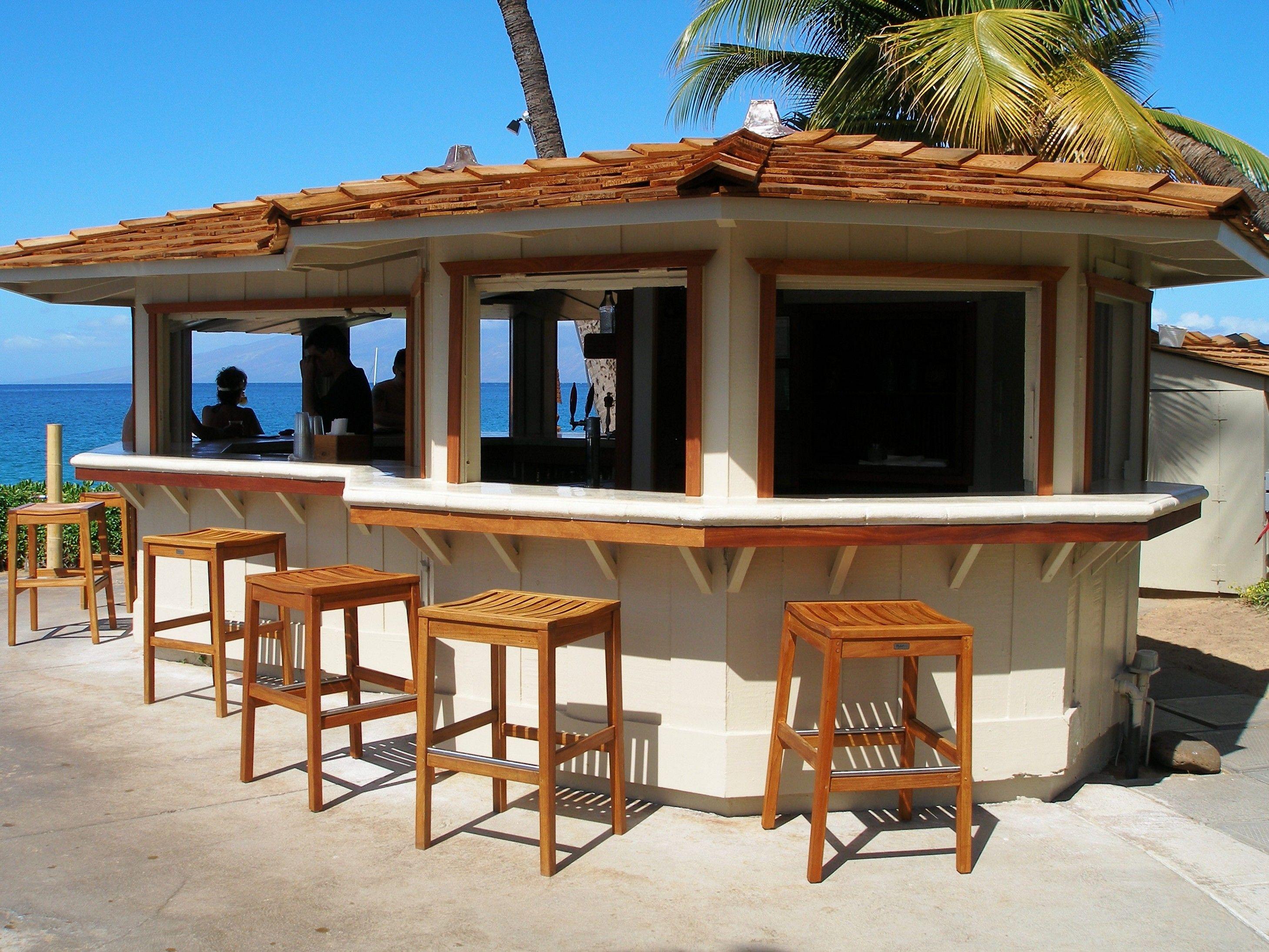Creative Patio Outdoor Bar Ideas You Must Try At Your Backyard Minimalis Backyard modern outdoor bar ideas
