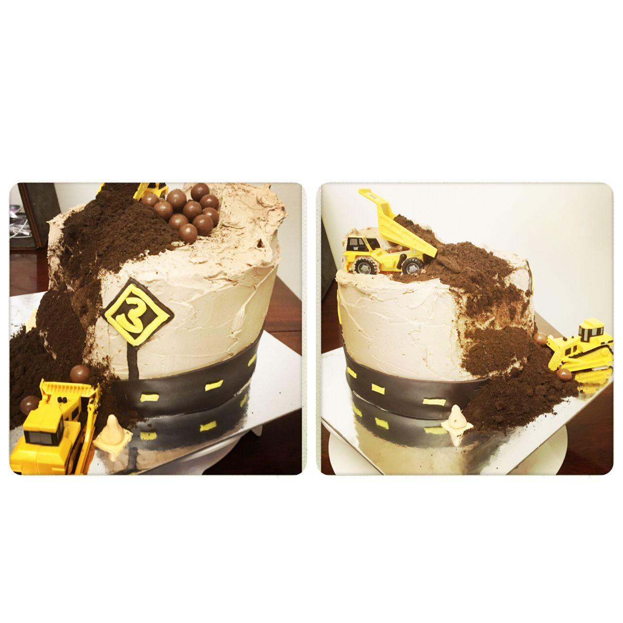 Construction little boys birthday cake My cakes Pinterest