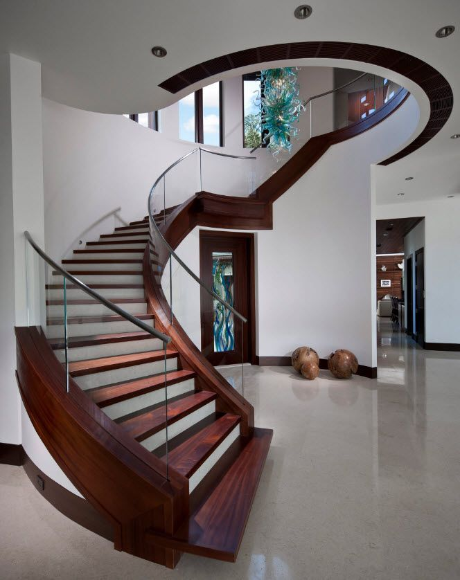 Dise os de escaleras formas y estilos para dise ar y for Diseno de escaleras de madera para interiores