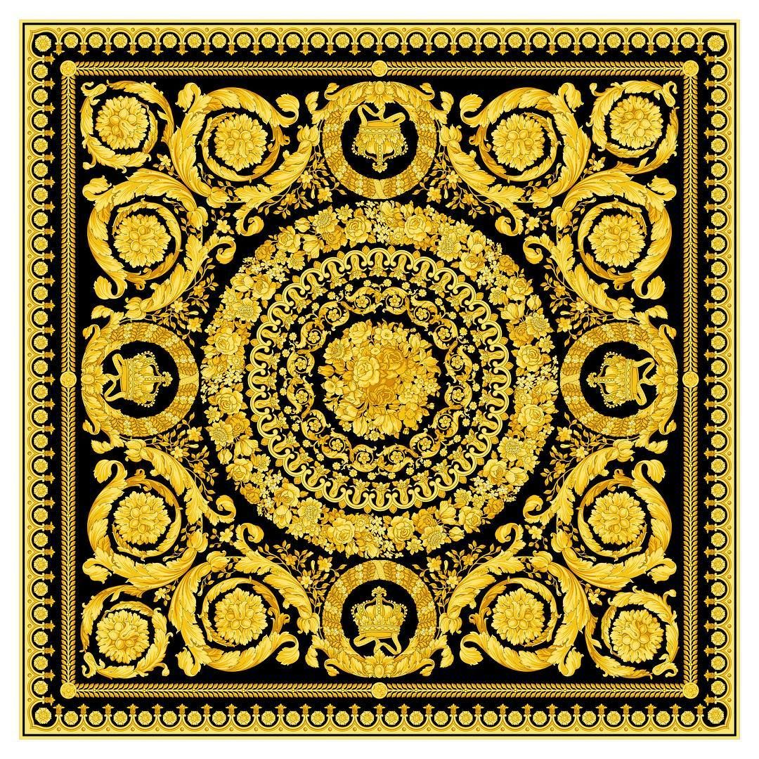 e197d8dd924 THE Versace Barocco print. First designed by Gianni Versace for the Fall  Winter 1991 collection