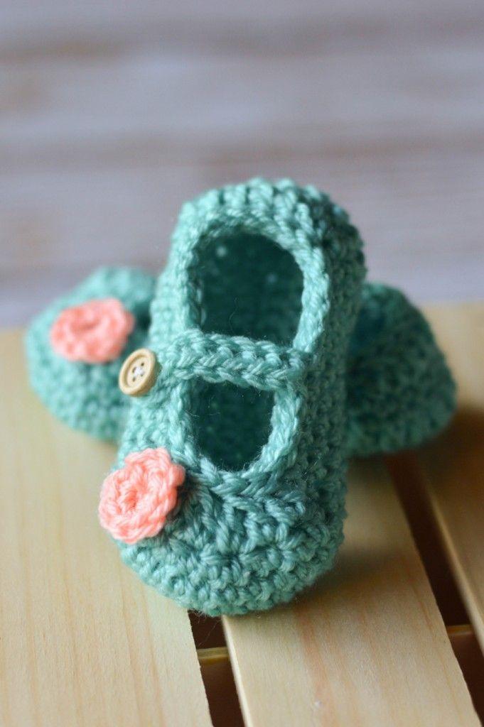 Crochet Mary Janes for Baby - Free Crochet Pattern | Babyschühchen ...