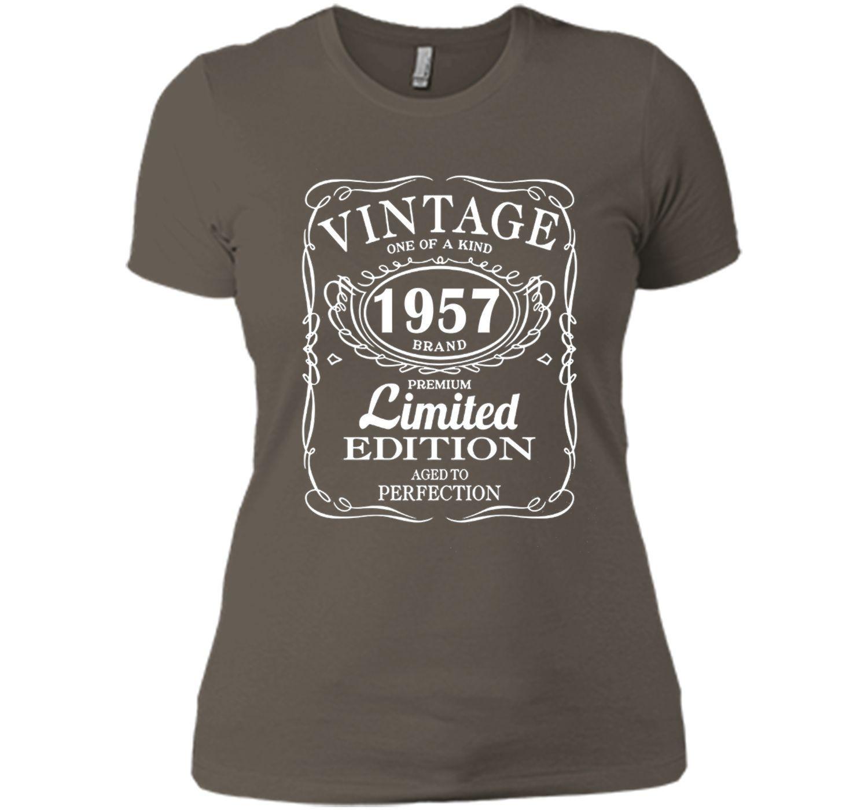 Vintage Born in 1957 60 Years Old Birthday Tshirt mum