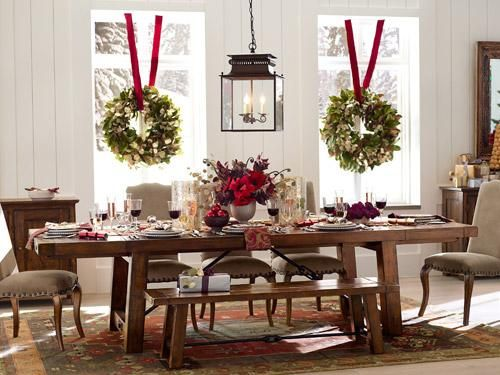 Gorgeous Christmas Tablescape And Love The Wreaths