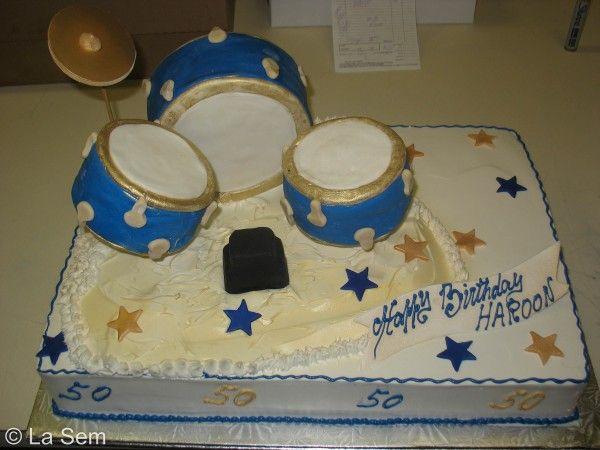 Novelty Birthday Cakes birthday novelty cake 82 birthday novelty