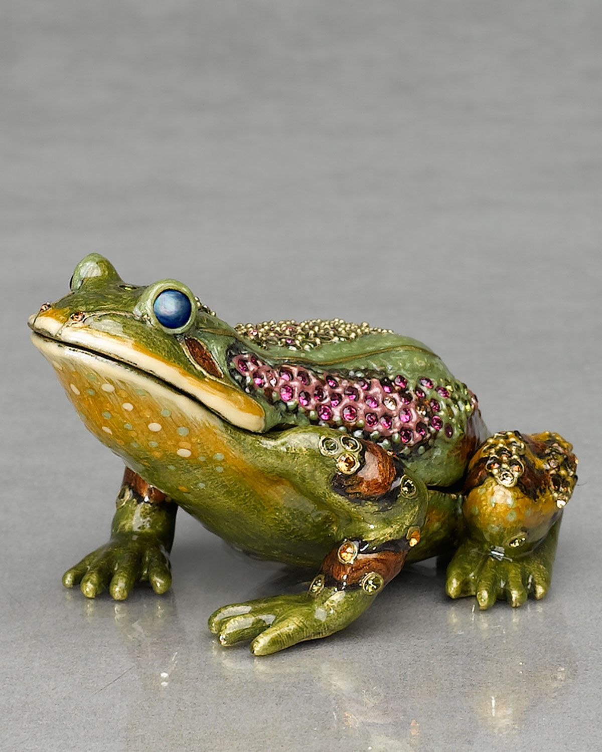 http://archinetix.com/jay-strongwater-prince-frog-paperweight-clock-p-1821.html
