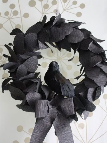 8 Spooky Halloween Crafts Made with Paper