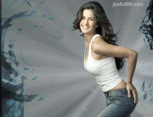 Latest Wallpapers N Photos Of Katrina Kaif Katrina Kaif Born Turquotte On 16 September 1984 Is A Br Bollywood Celebrities Katrina Kaif Wallpapers Katrina Kaif