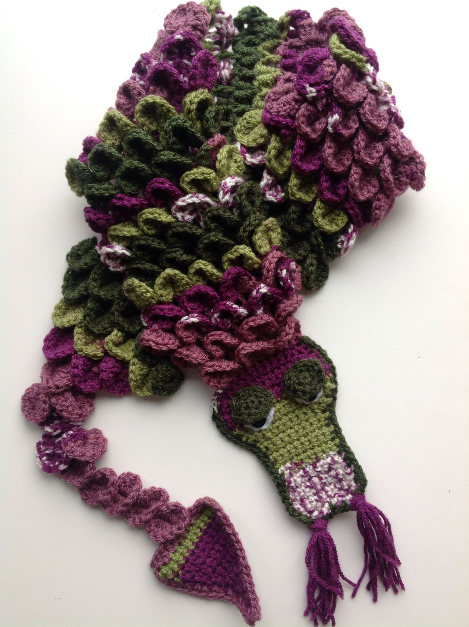 Dragon scarf with an adapted crochet crocodile stitch | crochet ...