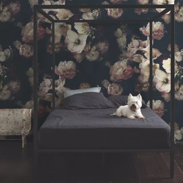 17 Dreamy Rooms With Moody Color Schemes Vintage Floral