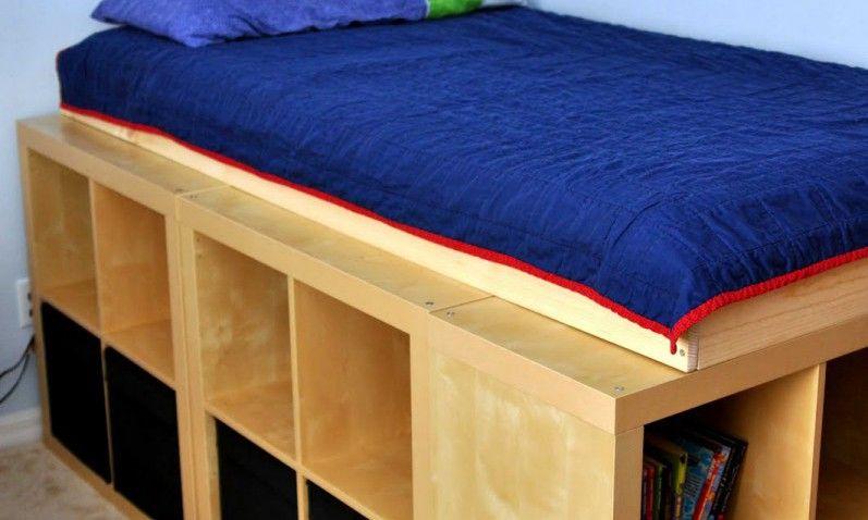 Lit avec rangement avec kallax ou expedit am nagement chambre gaspard lit rangement et lit - Ikea cree sa chambre ...
