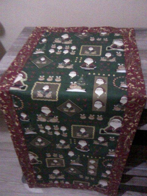 Centro de Mesa feita com as estampas Natalinas da Fabricart Tecidos pela Aninha Artesanatos e Afins